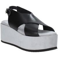 Παπούτσια Γυναίκα Σανδάλια / Πέδιλα Pregunta IBH6653 Μαύρος