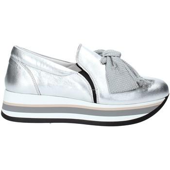 Παπούτσια Γυναίκα Slip on Triver Flight 232-09 Ασήμι