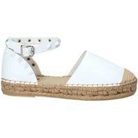 Παπούτσια Γυναίκα Εσπαντρίγια Gold&gold A19 GT768-1 λευκό