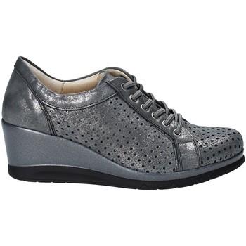 Παπούτσια Γυναίκα Χαμηλά Sneakers Pitillos 5523 Γκρί