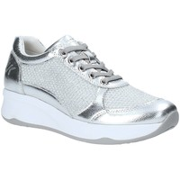 Παπούτσια Γυναίκα Χαμηλά Sneakers Lumberjack SW35305 003 R77 Ασήμι
