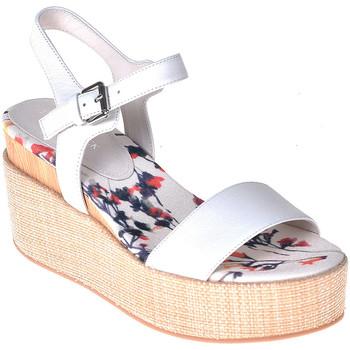 Παπούτσια Γυναίκα Σανδάλια / Πέδιλα Lumberjack SW40006 001 B01 λευκό