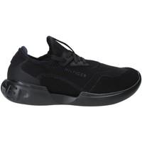 Παπούτσια Άνδρας Χαμηλά Sneakers Tommy Hilfiger FM0FM02382 Μαύρος