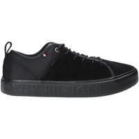 Παπούτσια Άνδρας Χαμηλά Sneakers Tommy Hilfiger FM0FM02392 Μαύρος