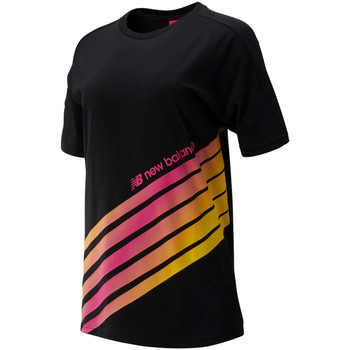 Υφασμάτινα Γυναίκα T-shirt με κοντά μανίκια New Balance NBWT93507BK Μαύρος