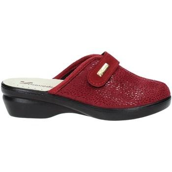 Παπούτσια Γυναίκα Παντόφλες Susimoda 6836 το κόκκινο