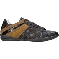 Παπούτσια Άνδρας Χαμηλά Sneakers Guess FM6MAR FAL12 καφέ