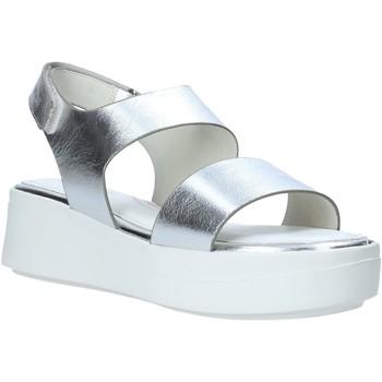 Παπούτσια Γυναίκα Σανδάλια / Πέδιλα Impronte IL01527A Ασήμι