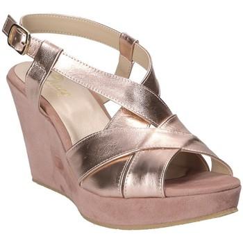 Σανδάλια Grace Shoes D 018