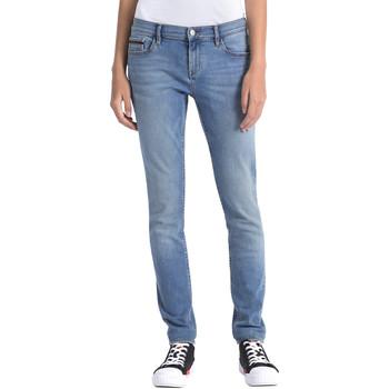 Υφασμάτινα Γυναίκα Jeans Calvin Klein Jeans J20J206356 Μπλε