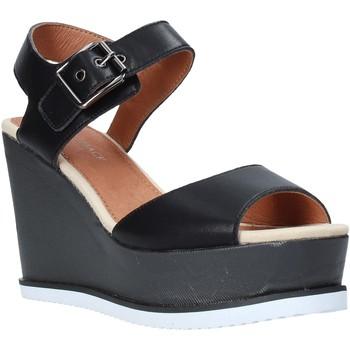 Παπούτσια Γυναίκα Σανδάλια / Πέδιλα Lumberjack SW83106 001 B01 Μαύρος