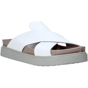 Παπούτσια Γυναίκα Σανδάλια / Πέδιλα Bueno Shoes CM2201 λευκό