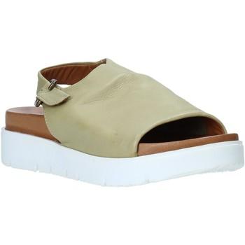 Παπούτσια Γυναίκα Σανδάλια / Πέδιλα Bueno Shoes 9N3404 Πράσινος