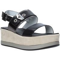 Παπούτσια Γυναίκα Σανδάλια / Πέδιλα NeroGiardini E012470D Μαύρος