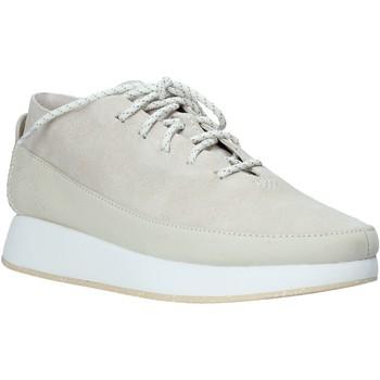 Xαμηλά Sneakers Clarks 26136539