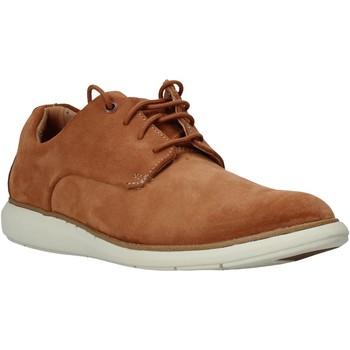 Παπούτσια Άνδρας Derby Clarks 26141140 καφέ