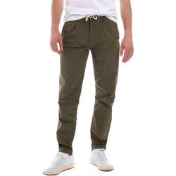 Υφασμάτινα Άνδρας Παντελόνια Chino/Carrot Sseinse PSE612SS Πράσινος
