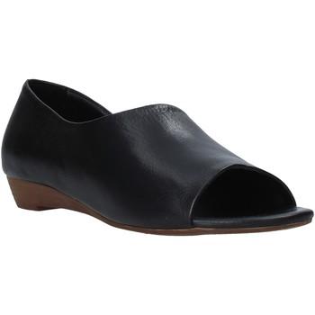 Παπούτσια Γυναίκα Σανδάλια / Πέδιλα Bueno Shoes J1605 Μαύρος