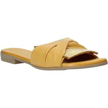 Παπούτσια Γυναίκα Τσόκαρα Bueno Shoes 9L2735 Κίτρινος