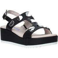Παπούτσια Γυναίκα Σανδάλια / Πέδιλα Comart 503430 Μαύρος