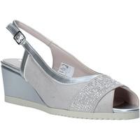 Παπούτσια Γυναίκα Σανδάλια / Πέδιλα Comart 022889ST Γκρί