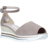 Παπούτσια Γυναίκα Σανδάλια / Πέδιλα Comart 9C3374 Μπεζ