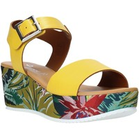 Παπούτσια Γυναίκα Σανδάλια / Πέδιλα Grace Shoes 01 Κίτρινος