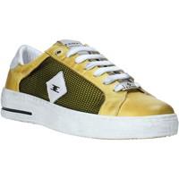 Παπούτσια Άνδρας Χαμηλά Sneakers Exton 177 Κίτρινος
