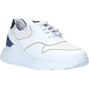 Παπούτσια Άνδρας Χαμηλά Sneakers Exton 237 λευκό