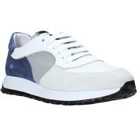 Παπούτσια Άνδρας Χαμηλά Sneakers Exton 741 λευκό