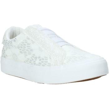 Παπούτσια Παιδί Slip on Miss Sixty S20-SMS710 λευκό