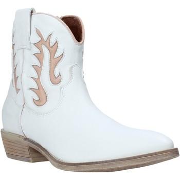 Παπούτσια Γυναίκα Μποτίνια Mally 6629S λευκό