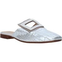 Παπούτσια Γυναίκα Σαμπό Mally 6886 Ασήμι