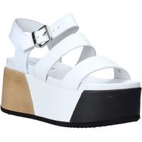 Παπούτσια Γυναίκα Σανδάλια / Πέδιλα Cult CLE104335 λευκό