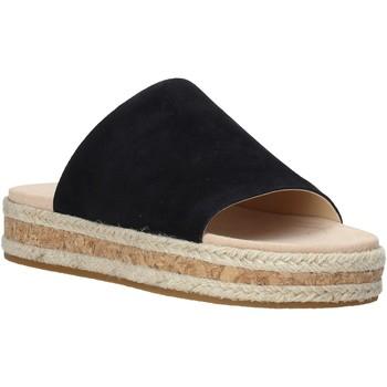 Παπούτσια Γυναίκα Τσόκαρα Clarks 26142600 Μαύρος