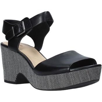 Παπούτσια Γυναίκα Σανδάλια / Πέδιλα Clarks 26140113 Μαύρος