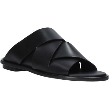 Παπούτσια Γυναίκα Τσόκαρα Clarks 26139434 Μαύρος
