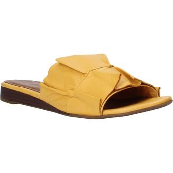 Παπούτσια Γυναίκα Τσόκαρα Bueno Shoes N1908 Κίτρινος