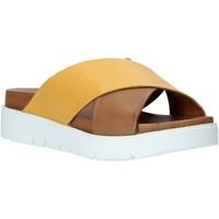 Παπούτσια Γυναίκα Τσόκαρα Bueno Shoes 9N3408 καφέ