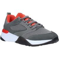 Παπούτσια Άνδρας Χαμηλά Sneakers Lumberjack SM81511 003 X94 Γκρί