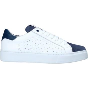 Xαμηλά Sneakers Exton 860