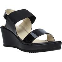 Παπούτσια Γυναίκα Σανδάλια / Πέδιλα Esther Collezioni ZB 112 Μαύρος
