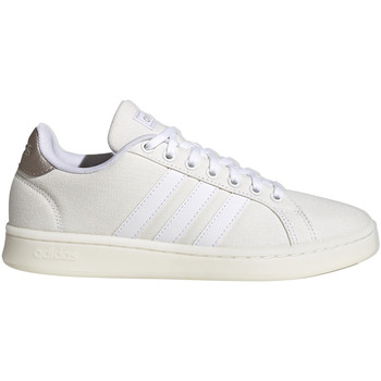 Xαμηλά Sneakers adidas FV8136