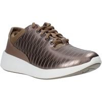 Παπούτσια Γυναίκα Χαμηλά Sneakers Clarks 26137992 καφέ