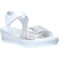 Παπούτσια Γυναίκα Σανδάλια / Πέδιλα Valleverde G52163 λευκό