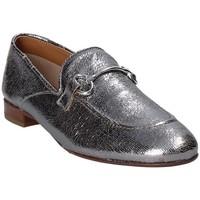 Παπούτσια Γυναίκα Μοκασσίνια Mally 6105 Γκρί