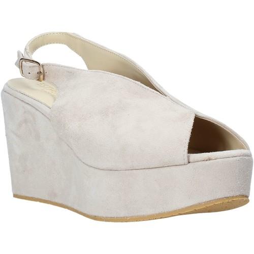 Παπούτσια Γυναίκα Σανδάλια / Πέδιλα Esther Collezioni ZC 107 Μπεζ