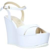 Παπούτσια Γυναίκα Σανδάλια / Πέδιλα Esther Collezioni G 029 λευκό