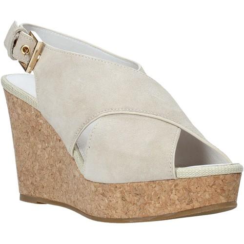 Παπούτσια Γυναίκα Σανδάλια / Πέδιλα Lumberjack SW82106 003 A01 Μπεζ