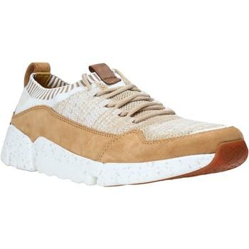 Xαμηλά Sneakers Clarks 26133888